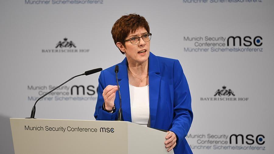 Глава Минобороны Германии ответила критикам «Северного потока – 2» 1