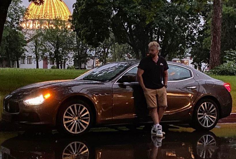 Утешившийся после расставания муж Гагариной похвастал новой роскошной машиной 1