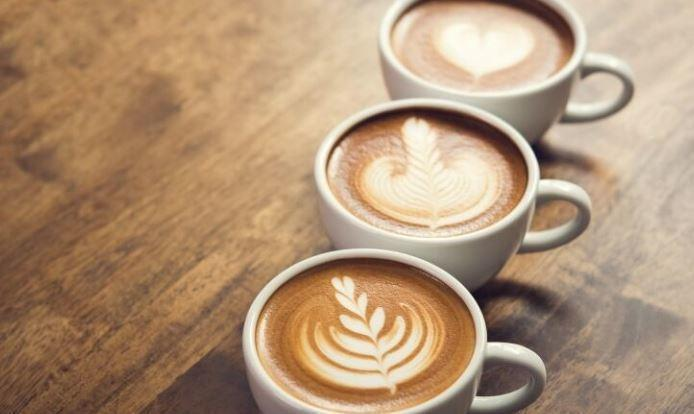Врач рассказала, чем опасен кофе в жаркую погоду 1