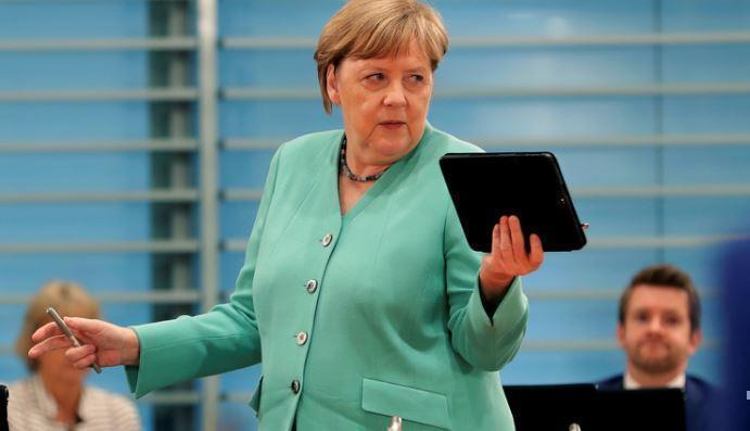 Expressen: коронавирус разбудил Меркель — она снова метит в «матушки всея ЕС» 1