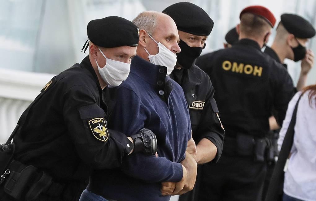 В Минске задержали около 200 участников стихийной акции солидарности 1