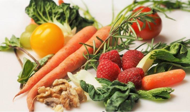 Медики назвали эффективную при онкологии диету 1