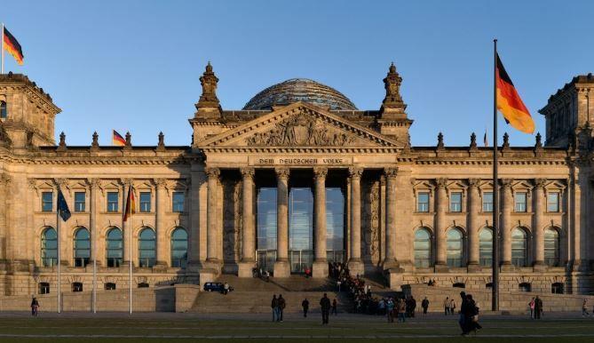 Германии грозит «полная изоляция» из-за санкций против «Северного потока – 2» 1