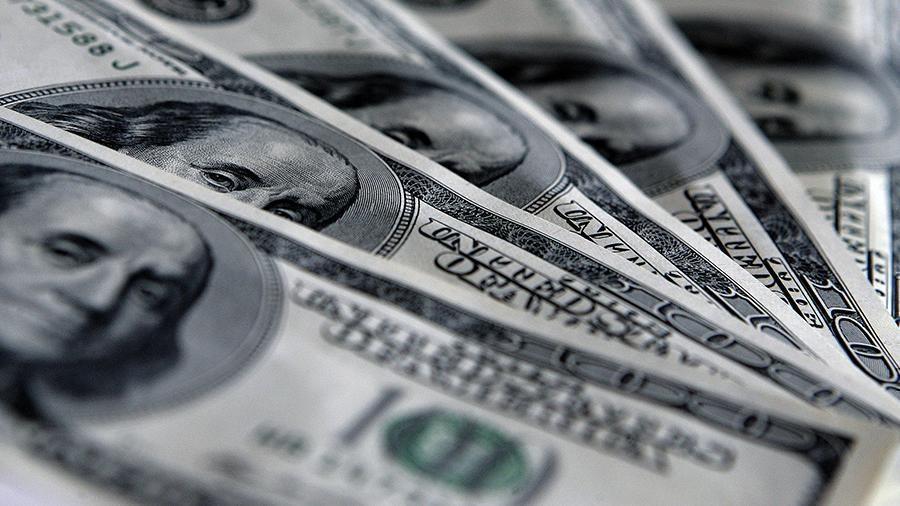 Доля доллара в торговле России и Китая впервые опустилась ниже 50% 1