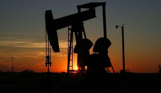 В России заметно снизилась добыча нефти и газа 1