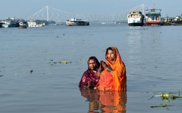 Девушка в Индии вернулась домой через неделю после собственных похорон 1