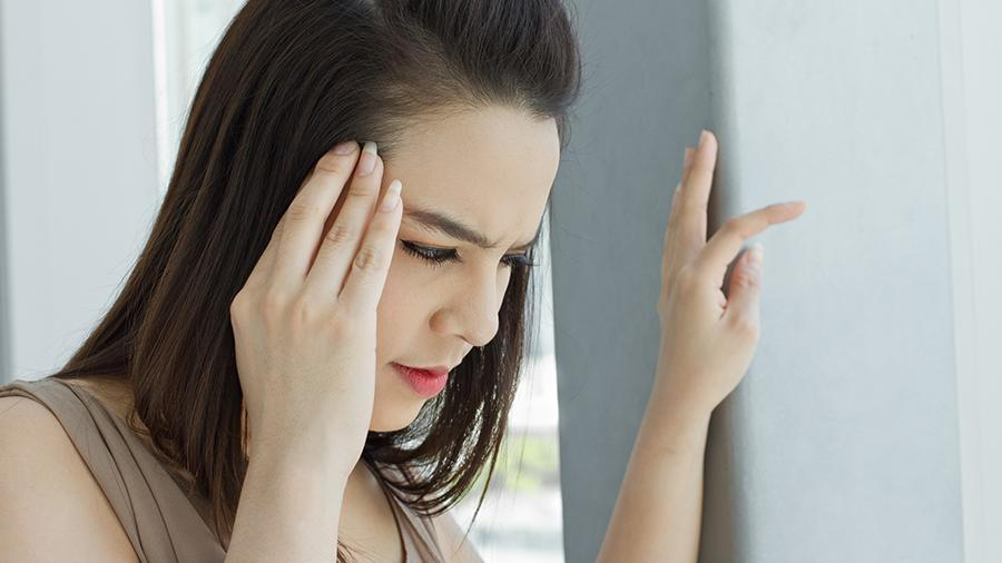 Ученые отнесли головокружение к симптомам слабоумия 1