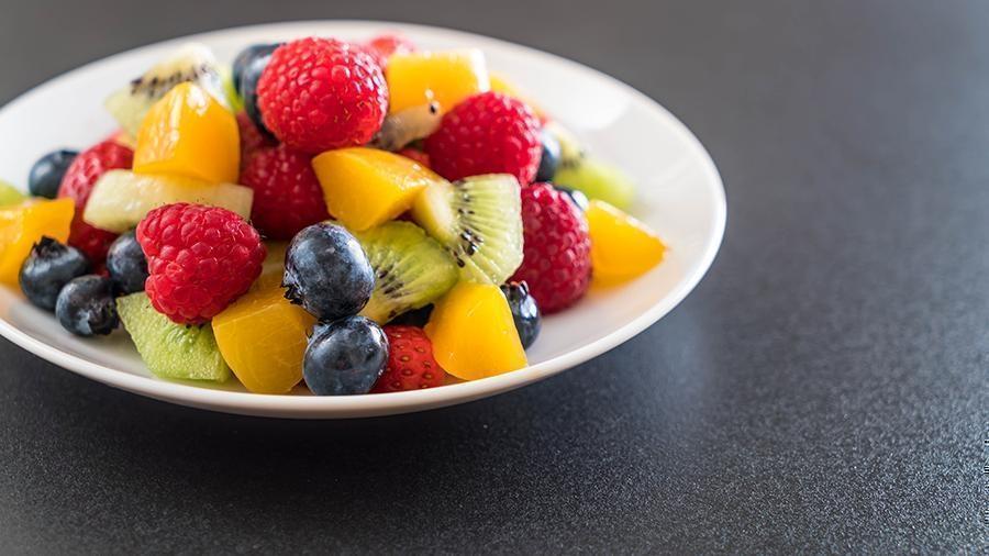 Врач раскрыла вред фруктов для печени 1