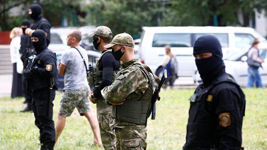 Двух жителей Латвии задержали на акции протеста в Белоруссии 1
