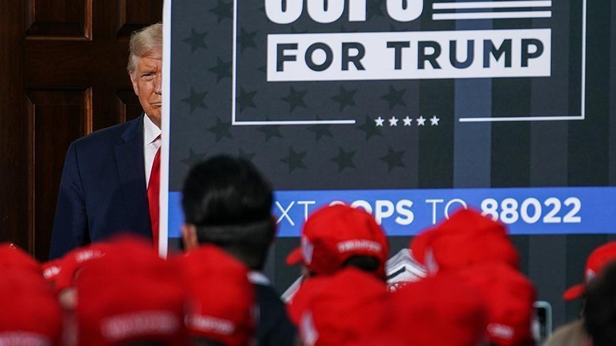 Трамп призвал перенести на более ранний срок его дебаты с Байденом 1