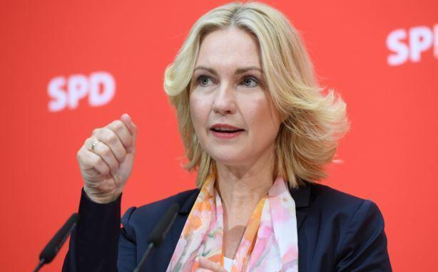 Focus: шантаж с целью навязать свой газ — премьер Мекленбурга осудила санкционные угрозы США 1