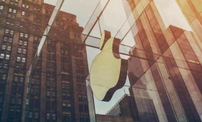 Apple потеряла за день рекордные 180 млрд долларов стоимости 1