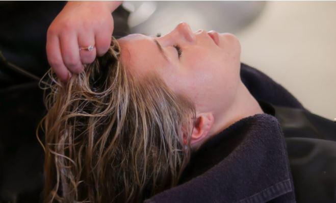 Трихолог объяснила, почему от «органического шампуня» могут выпасть волосы 1