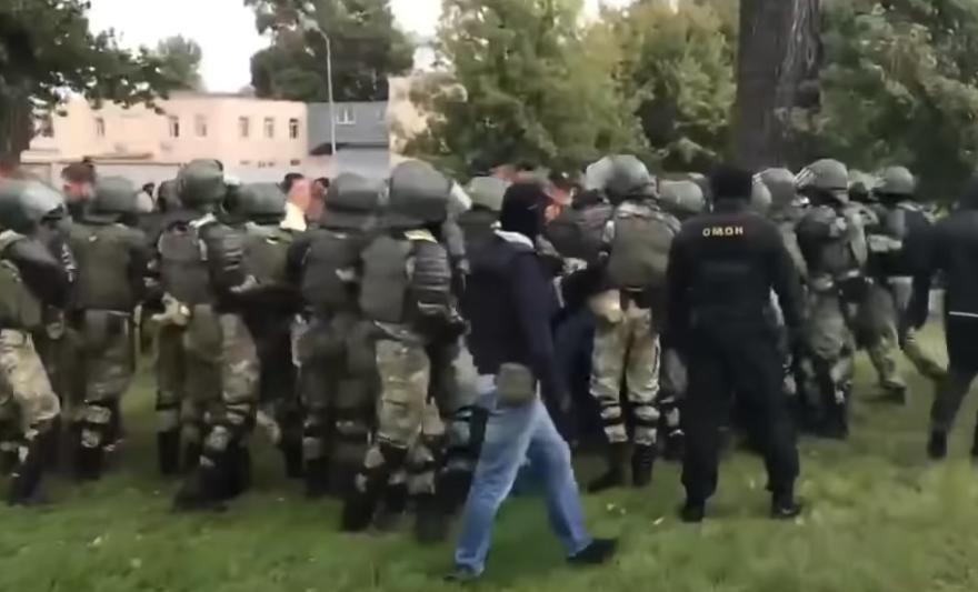 Беларусь: в сеть слили личные данные силовиков 1