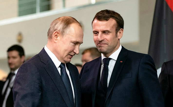 Le Monde раскрыла содержание разговора Путина и Макрона о Навальном 1