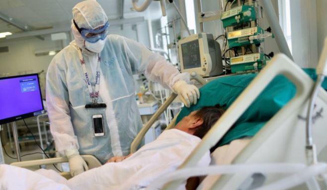 Перечислены болезни, которые ухудшают состояние пациентов с COVID-19 1