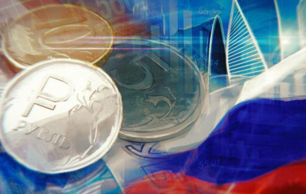 Аналитики рассказали, как ослабевший рубль повлияет на вклады и кредиты 1