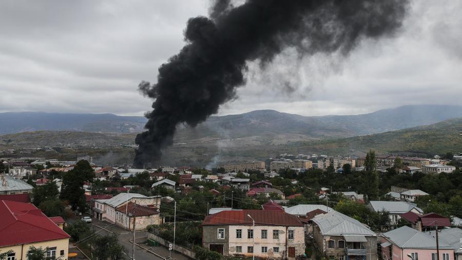 Российские журналисты попали под обстрел в Степанакерте 1