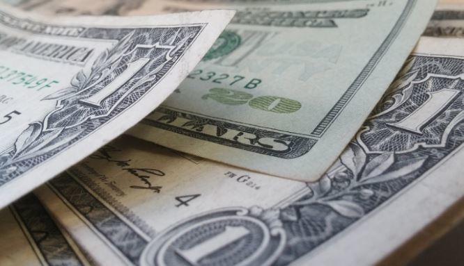 Goldman Sachs предрек обрушение доллара США из-за «голубой волны» 1