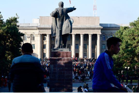 Россия перестала давать деньги Киргизии 1