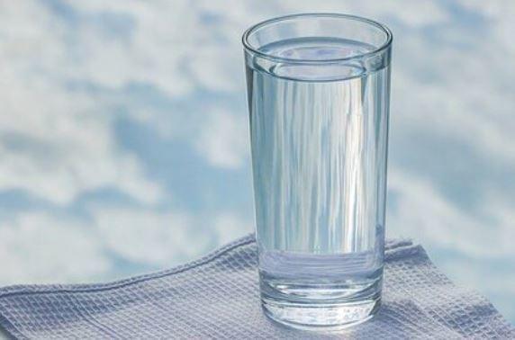 Диетолог рассказала об альтернативе воде 1