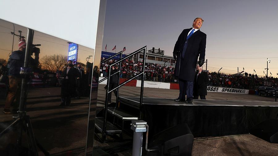 Трамп заявил о завидующих военной мощи США России и Китае 1