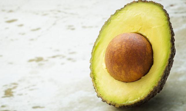 Стали известны положительные свойства авокадо при борьбе с вирусами 1