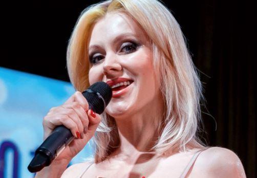 Певицу Натали поздравляют с четвертой беременностью 1