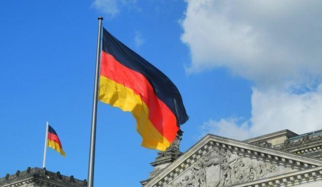 Власти Германии нарушают собственные правила по борьбе с COVID-19 1