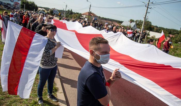 Polskie Radio: белорусы провалили всеобщий протест, но обрели национальное самосознание 1