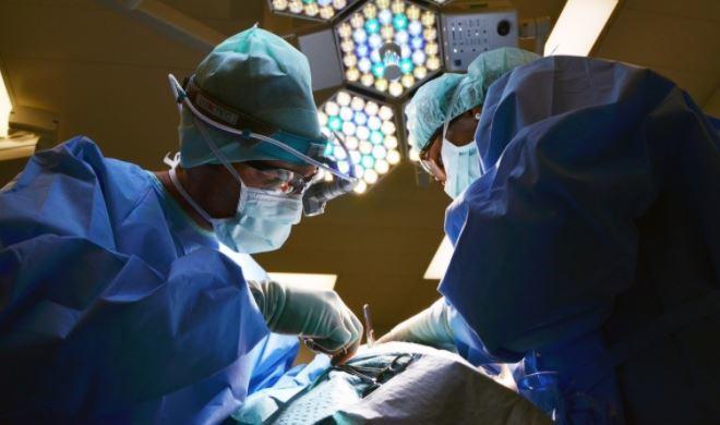 Российский врач объяснил, что провоцирует ампутации при коронавирусе 1