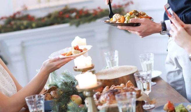Диетолог дал советы по восстановлению здоровья после новогоднего застолья 1