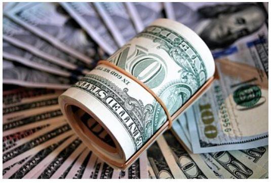 Эксперт назвал худшую для покупки в 2021 году валюту 1
