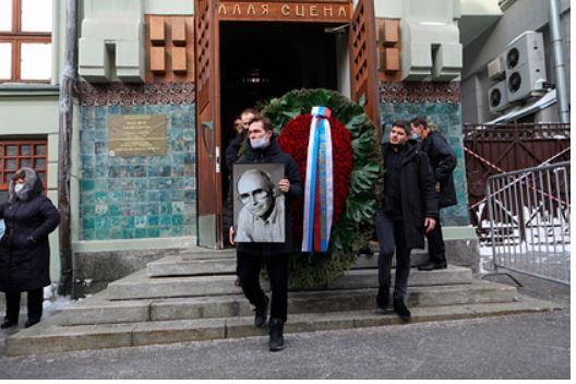 В Москве похоронили Андрея Мягкова