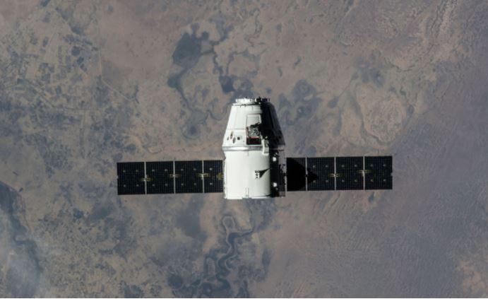 Победившая рак костей американка полетит в космос на Crew Dragon