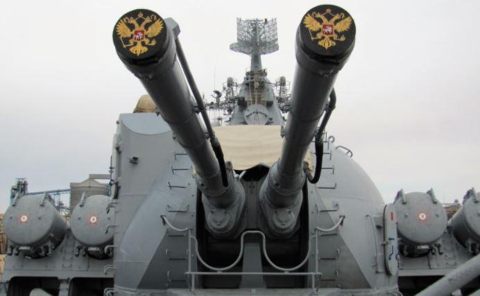 В США объяснили, зачем Россия устроила морскую «дуэль» с кораблями НАТО