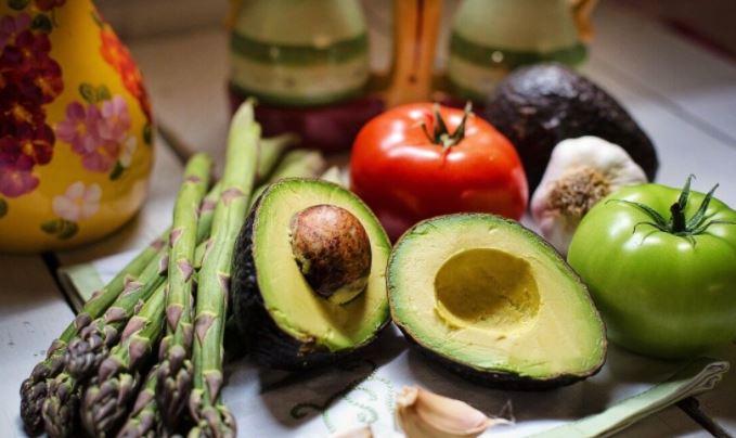 Врач Богомолов назвал десять необходимых продуктов для диабетиков