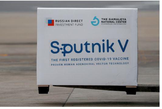 Главный инфекционист США похвалил «Спутник V» 1