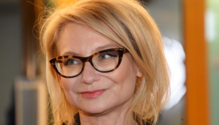 Эвелина Хромченко назвала вещь, которая омолодит любую женщину 1