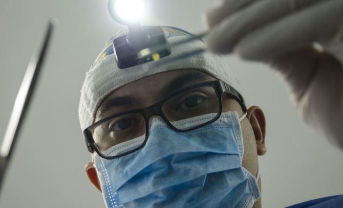 Россиянам рассказали, какие продукты могут разрушить зубную эмаль 1