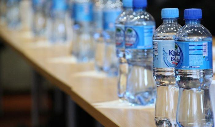 Диетолог Дианова назвала опасные свойства минеральной воды