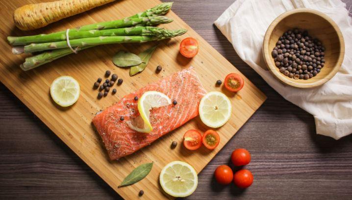 Диетолог Стародубова рассказала о единых для всех принципах питания