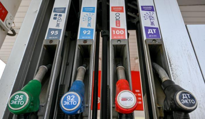 Американец сравнил цены на бензин в России и США