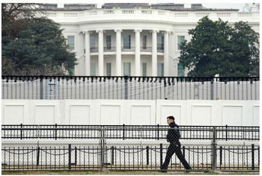 США запретили давать России в долг