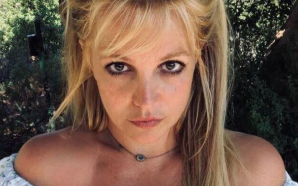 Родители Бритни Спирс развернули борьбу из-за денег певицы