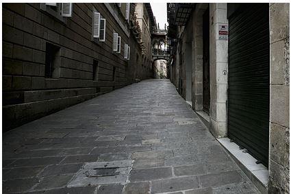 В Испании начали получать электричество от тротуара