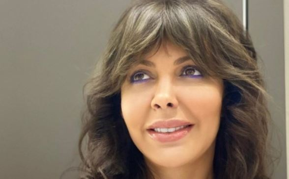 Алиса Казьмина пожаловалась, что ей вместе с детьми негде жить