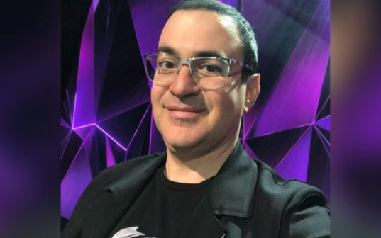 Продюсер «Маски» объяснил, почему Гарик Мартиросян покинул судейское кресло