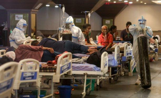 Индия получила помощь по борьбе с коронавирусом, но не использует ее