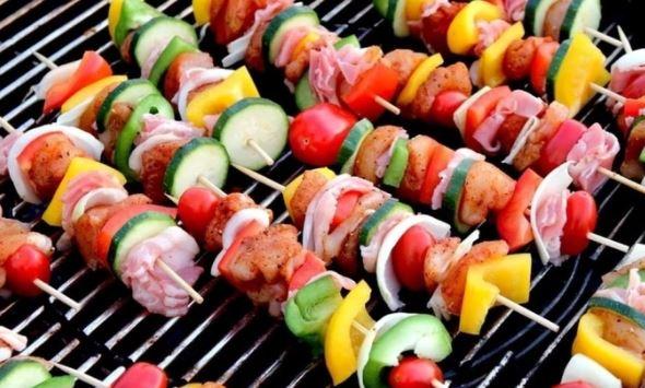 Шеф-повар Павлов предложил альтернативные блюда привычному шашлыку